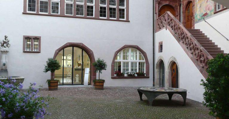 Innenhof - Zugang zum Stadtbüro